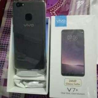 Handphone vivo +7