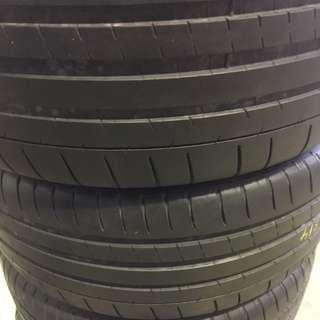225/40/18 Michelin PSS