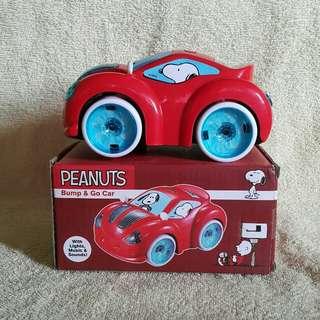 Snoopy Bump & Go Car