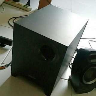 Creative T6300 5.1 speaker (Spoiled)