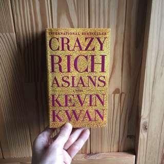 CRAZY RICH ASIANS a novel by Kelvin Kwan (paperback)