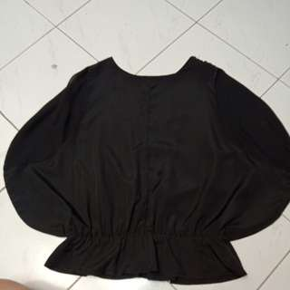 Black Sleeveless Batwing Top (Atasan/Blouse Hitam)