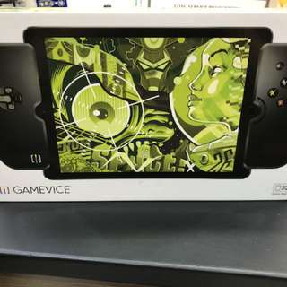 Gamevice game controller for IOS ( IPad Air )