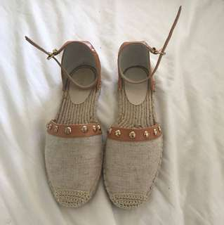Seed Flats Never Worn Size 38