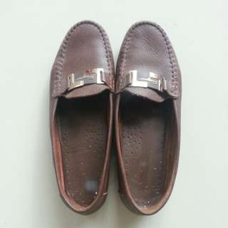 Leather shoes (genuine)