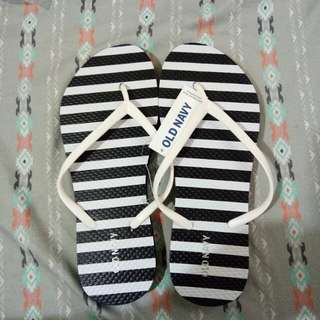 Old Navy size 6 from US