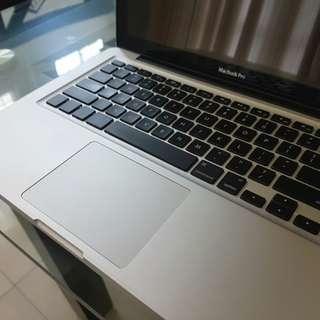 MacBook Pro 13 inch late 2011