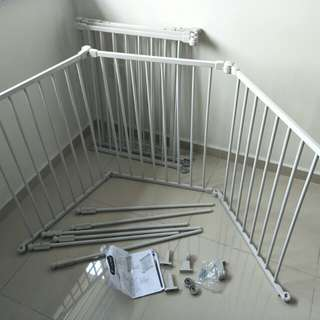 Lucky baby safety playpen