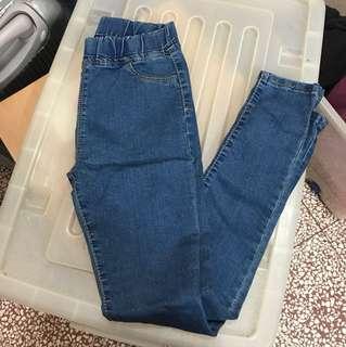 🚚 🔴全新素色牛仔長褲