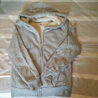 Uniqlo hoodie size150 (CWB facetrade)