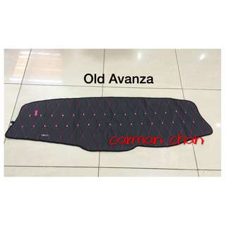 TOYOTA OLD AVANZA 2003-2011  DAD NON SLIP DASHBOARD COVER WITH DIAMOND