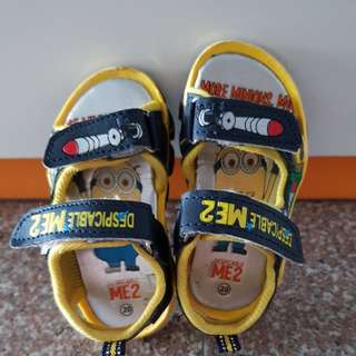 Boy's Shoes minion