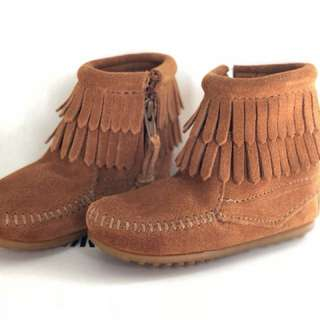 Minnetonka Kids Double Fringe Side Zip Boot rrp $89