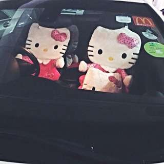 Surprise your Girlfriend Like I Did!! Hello Kitty Cat Seat For Birthday!!