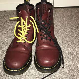 Doc martens (cherry)