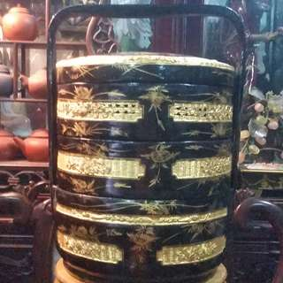 Strait Chinese Traditional Festival Beautiful Black & Gold with eight fortune Symbol  Design Laquer Bamboo Basket.正宗娘惹八宝永春脱胎器喜庆竹篮