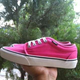 Bissmillah For Sale Vans Chuka Low