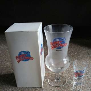 Planet Hollywood glass ware / shot glass