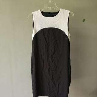 Zara dress simple black