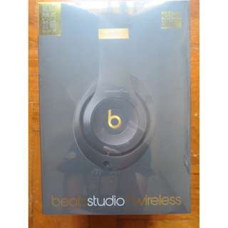 Apple BNIB Beats by Dr Dre Solo 3 space grey