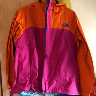 The North Face 橙粉紅色風褸