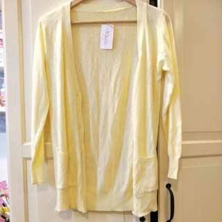 🚚 鵝黃色長版針織衫外套