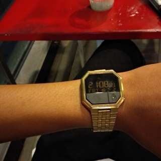 Nixon rerun all gold