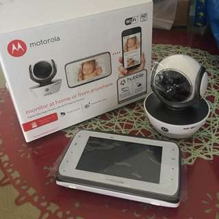 Motorola: Digital Video Baby Monitor