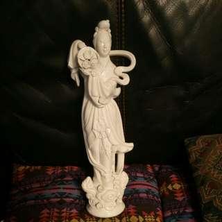 高40cm白釉仙水散花雕瓷(小次)