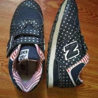 New Balance kids Shoe