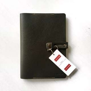 Leather bound Plain Note Book by FANTOM (Thailand)