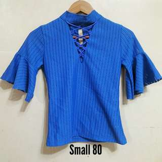 Bell sleeves blue top