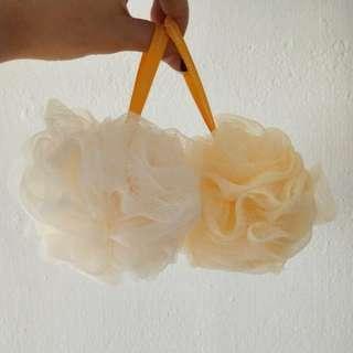 Innisfree Body Shower Ball