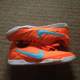 Nike Jr Davinho