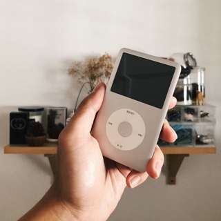 iPod classic 160gb 7th gen for sale.