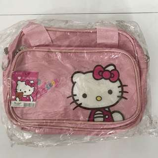 Hello Kitty Sling / handbag