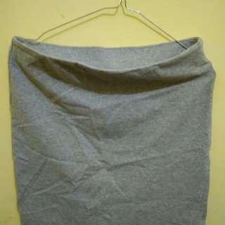 Uniqlo Grey Bodycon Skirt