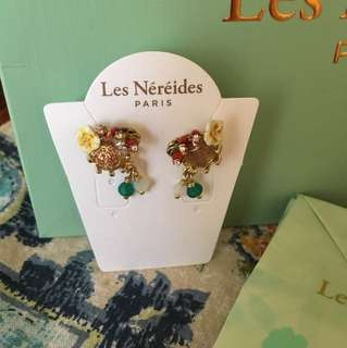 Les nereides earnings Paris valentine's gift