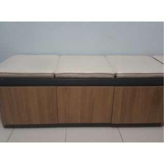 Sofa lemari kayu jati