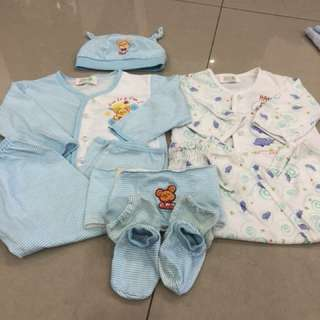 2 Set baby wear (4-8 mths)