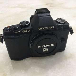Limited black Olympus Omd OM-D Em5 E-M5 EM-5 Body
