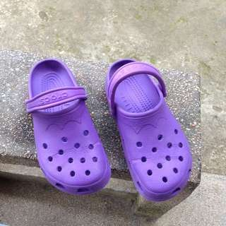 Authentic original used violet crocs