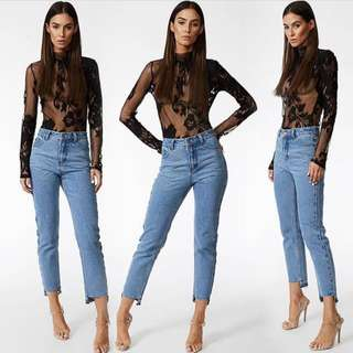 LIONESS MOM JEANS FRAYED HEM NEW