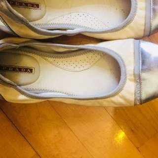 優雅氣質 Prada Shoes Size 39