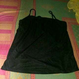 Tank top hitam