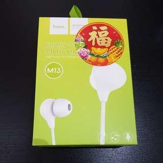 Hoco M13 earphones
