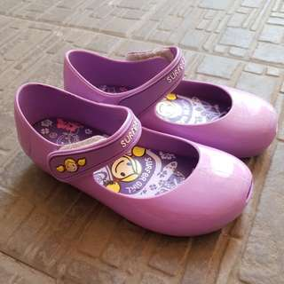 Surfer girl jelly shoes