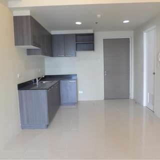 RFO condo Rent to own Vista shaw condo as Studio and 1 bedroom