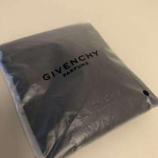Givenchy 特別版匙扣