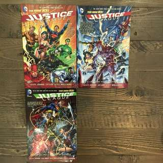 JUSTICE LEAGUE DC Comics New 52 Books - Volume 1 Origin / Volume 2 The Villain's Journey / Volume 3 Throne of Atlantis